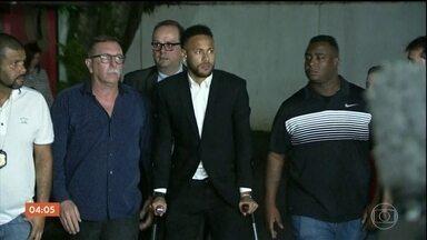 Polícia confirma arquivamento do inquérito que investigava Neymar por crime de estupro - Segundo a delegada que comandou o caso, não havia provas suficientes para o indiciamento do jogador. A polícia agora se concentra no pedido da defesa de Neymar que acusa a modelo Najila Trindade pelos crimes de denunciação caluniosa e extorsão.
