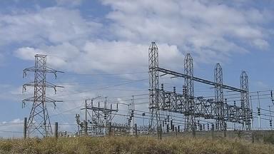 Bandeira vermelha para a tarifa de energia elétrica encarece a conta - Com o aumento na tarifa, vamos dar dicas de como economizar em casa.