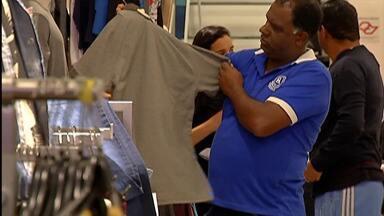 Comerciantes de Mogi esperam aumento nas vendas no Dia dos Pais - Consumidores já estão pesquisando produtos e preços.