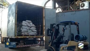 Mais de 11 toneladas de droga são incineradas em Dourados - A maior parte foi maconha, mas também teve destruição de cocaína e pasta base.