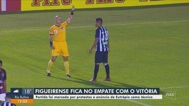 Roberto Alves comenta as atualizações dos times catarinenses nos campeonatos - Roberto Alves comenta as atualizações dos times catarinenses nos campeonatos