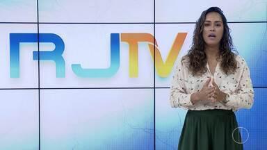 RJ1 Inter TV - Edição de quarta-feira, 31 de julho de 2019 - Apresentado por Ana Paula Mendes, o telejornal da hora do almoço traz as principais notícias das regiões Serrana, dos Lagos, Norte e Noroeste Fluminense.
