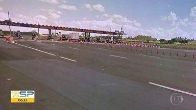 Motorista é preso por dirigir durante 70 km na contramão na Rodovia Castello Branco - Polícia recebeu denúncia de que um carro estava na contramão e fizeram bloqueios na pista