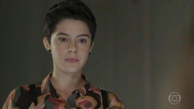 Martinha confessa a Lara que armou para Rita - Ela garante à advogada que mentiu para Rita sobre autorização para a jovem se aproximar de Nina