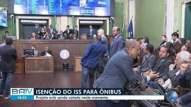 Câmara de Salvador vota projeto sobre isenção do ISS para empresas de ônibus - Votação deve ser concluída ainda nesta quarta-feira (7).