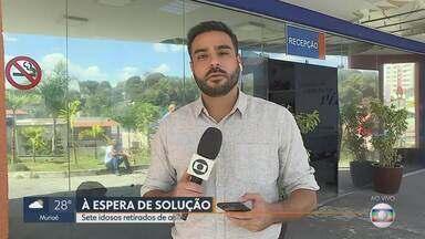 Idosos retirados de casa de repouso em Santa Luzia permanecem no hospital - Eles já tiveram alta mas ainda não foram levados para casa.