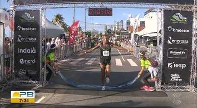 Meia Maratona Cidade de João Pessoa agitou a Orla do Cabo Branco neste fim de semana; veja - Com mais de mil corredores, evento foi realizado em homenagem ao aniversario da capital paraibana e foi um sucesso