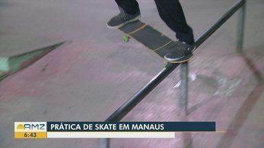 Amantes do skate relatam relação de amor ao esporte - Jovens se reúnem todos os dias para prática do esporte.
