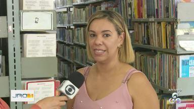 Em Ariquemes, biblioteca municipal está com ações voltadas a comunidade - Clube do livro e curso de espanhol estão sendo oferecidos a população.
