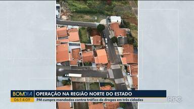 PM cumpre mandados contra tráfico de drogas em três cidades do Paraná - Operação foi contra o tráfico de drogas.