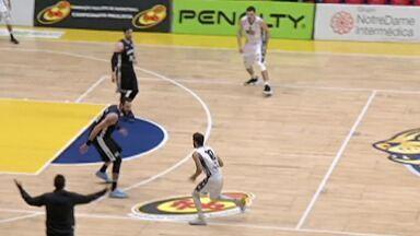 Mogi Basquete enfrenta o Pinheiros - Time conquistou mais uma vitória.