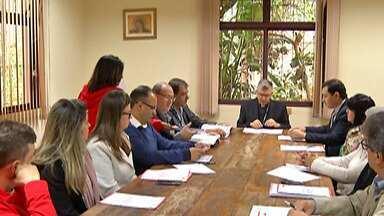 Organizadores da Festa do Divino e bispo realizam reunião para prestação de contas - A Festa do Divino será realizada entre os dias 21 e 31 de maio de 2020, em Mogi das Cruzes.