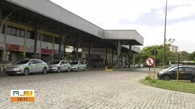 Cerca de 100 vans deve começar a ligar os distritos e a zona rural à área urbana em Campos - Assista a seguir.