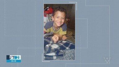 Carros são apreendidos durante buscas a menino desaparecido em Registro - Menino Gabriel, de oito anos, está desaparecido há oito dias.