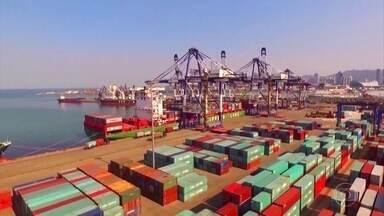 """OMC diz que sobretaxas americanas a produtos chineses violam as regras de livre comércio - Presidente Trump, no entanto, diz que a guerra comercial com os chineses vai ser """"razoavelmente curta"""""""