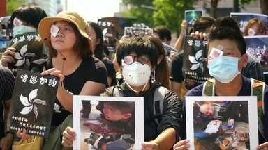 Protestos em Hong Kong pedem a renúncia do chefe executivo do local - Manifestantes tomaram as ruas de Hong Kong, na China, pelo 11º fim de semana seguido.