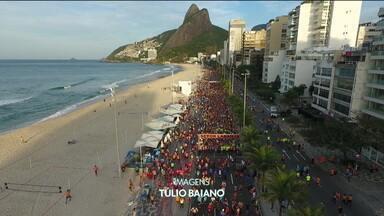 Corredores tomam ruas do Rio de Janeiro para a meia-maratona da cidade, e quenianols vencem no feminino e masculino - Corredores tomam ruas do Rio de Janeiro para a meia-maratona da cidade, e quenianols vencem no feminino e masculino