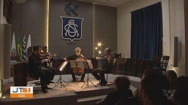 Concertos A Tribuna reúnem público em Cubatão e Santos, SP - Final de semana trouxe música clássica para Baixada Santista.