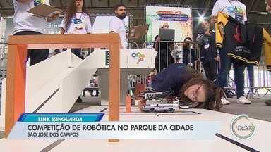 Parque da Cidade, em São José, recebe competição de robótica - Evento foi neste fim de semana.