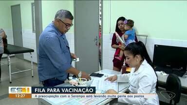 Preocupados com o sarampo, muitas pessoas estão procurando postos de saúde no Norte do ES - Preocupados com o sarampo, muitas pessoas estão procurando postos de saúde no Norte do ES.