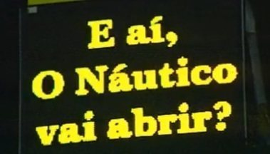 """Em 2003, Sport venceu o Náutico e levantou polêmica: """"E aí, vai abrir?"""" - Após vencer o Timbu, Leão precisava que o Alvirrubro batesse o Santa Cruz para ficar com o título e tirou onda com o rival"""