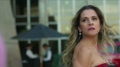 Silvana se irrita ao descobrir que Marcos ficou com Paloma - Marcos tenta se explicar a atriz