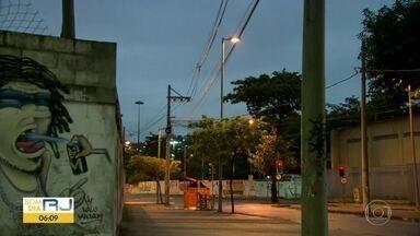 Flagrante: intenso tiroteio no Morro da Providência na manhã desta quarta (21) - A equipe do Bom Dia Rio registou intenso tiroteio no Morro da Providência.