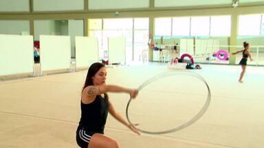 Supercampeã da ginástica: Simone Luiz hoje é professora e ensina a nova geração - Hoje ela se dedica a ensinar a nova geração do esporte.