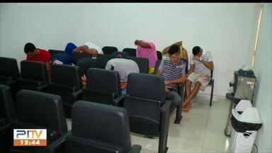 Ação da polícia prende 12 condenados por diversos crimes - Ação da polícia prende 12 condenados por diversos crimes