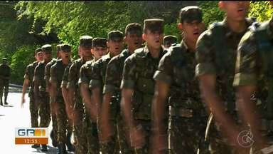 GR1 vai exibir série de reportagens sobre a rotina no exército - É uma homenagem antecipada ao dia do soldado, comemorado no próximo domingo (25).