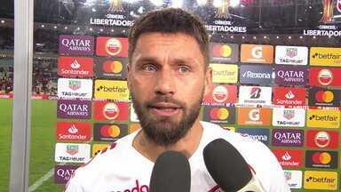 """Rafael Sóbis: """"A gente sabe da nossa qualidade e lá o jogo vai ser completamente diferente"""" - Rafael Sóbis: """"A gente sabe da nossa qualidade e lá o jogo vai ser completamente diferente"""""""