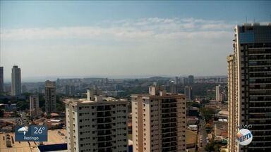 Confira a previsão do tempo para esta sexta-feira (23) na região de Ribeirão Preto, SP - Temperatura ao longo do dia não deve passar dos 28ºC.
