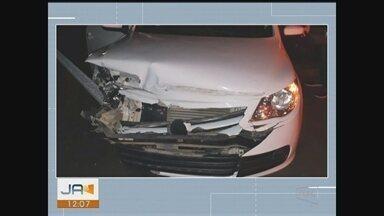 PRF autua motorista embrigada após acidente na BR-101 em Criciúma - PRF autua motorista embrigada após acidente na BR-101 em Criciúma