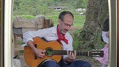 Memórias: relembre participação de Paulinho Pires no Galpão Crioulo, em 2002 - Assista ao vídeo.