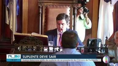 Justiça determina saída de suplentes da Câmara de Petrópolis - Posse dos suplentes foi considerada ilegal.