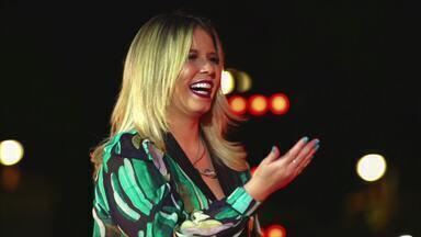 Marília Mendonça - Todos os Cantos - Marília Mendonça percorre as 27 capitais brasileiras com shows gratuitos para celebrar o sucesso com os fãs. Nesse compilado, estão reunidas as principais apresentações da cantora.