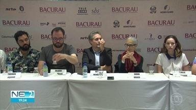 Atores e diretores de Bacurau falam sobre filme e acompanham pré-estreia no Recife - Eles participaram de entrevista coletiva, neste sábado (24), em Boa Viagem