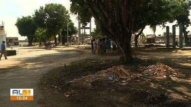 AL1 nas Comunidades mostra situação de abandono no Conjunto Dubeaux Leão - Praça da Caixa D'Água é motivo de constantes reclamações de quem mora no local.