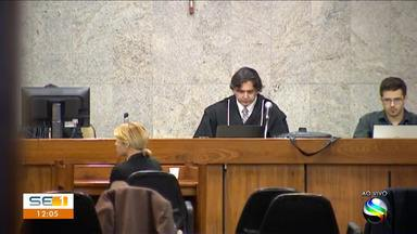 Julgamento dos suspeitos de envolvimento na morte de ex-procurador é iniciado - Julgamento dos suspeitos de envolvimento na morte de ex-procurador é iniciado em Aracaju.