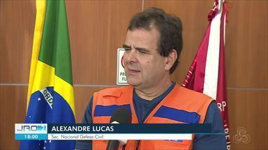 Queimadas estiveram entre os temas debatidos durante uma reunião em Porto Velho - Secretário Nacional de Defesa Civil falou para bombeiros e agentes da Defesa Civil de Porto Velho