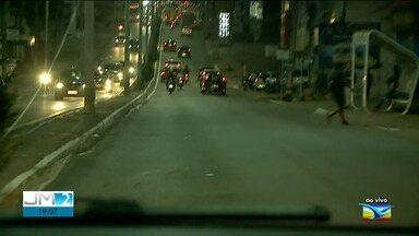 Confira o trânsito na noite desta quarta em São Luís - Ao vivo, o repórter Werton Araújo fala como está a movimentação de veículos nas avenidas.