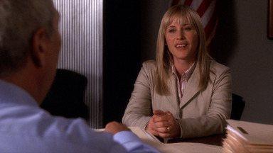 Decisões e Certezas - Desesperado para condenar um serial killer, o procurador de Phoenix, Manuel Devalos, chama Allison para ajudar na seleção do júri, dando a ela a chance de se firmar no trabalho.