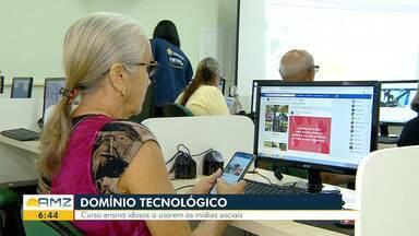 Em Manaus, curso ensina idosos a usarem as redes sociais - Curso de informática vai além do básico.