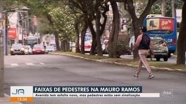 Avenida Mauro Ramos, em Florianópolis, tem asfalto novo sem sinalização - undefined