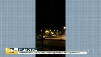 Rua da Glória tem pontos de escuridão - Morador conta que falta de luz gera insegurança.