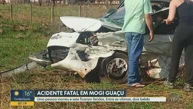 Uma pessoa morreu e outras sete ficaram feridas em acidente em Mogi Guaçu - Dois bebês estavam entre as vítimas; todas foram encaminhadas à Santa Casa de Mogi Guaçu.