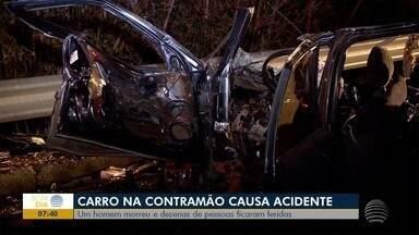 Motorista envolvido em acidente entre carro e ônibus na SP-270 segue internado - Segundo o HR, seu estado continua grave.