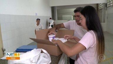Olinda faz compra emergencial e leite para crianças com microcefalia volta a ser entregue - De acordo com a Secretaria Municipal de Saúde, foi feita uma licitação para comprar o leite para o período de 12 meses.