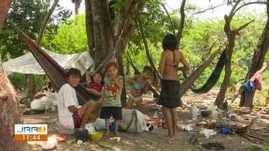 MPF cobra atenção básica a índios yanomami em Roraima - Muitas famílias indígenas estão migrando para cidades do estado em busca de atendimento médico e educação.