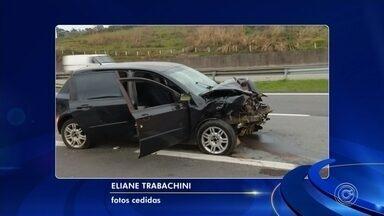 Acidente mata duas mulheres e deixa feridos em rodovia de Jundiaí - Duas mulheres, de 33 e 37 anos, morreram após se envolverem em uma acidente no quilômetro 51 da marginal da Rodovia Anhanguera, neste sábado (14), em Jundiaí (SP).